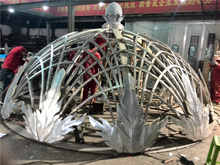 荣安中央公馆铜穹顶